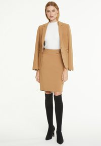comma - Pencil skirt - camel - 1