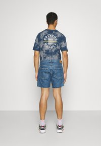 Weekday - DRAUGHT - Shorts di jeans - harper blue - 2