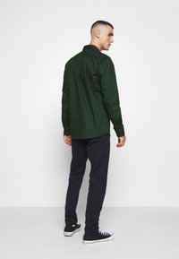 Only & Sons - ONSSANE SOLID POPLIN - Overhemd - scarab - 2