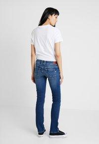 Pepe Jeans - HOLLY - Džíny Straight Fit - stone blue denim - 2
