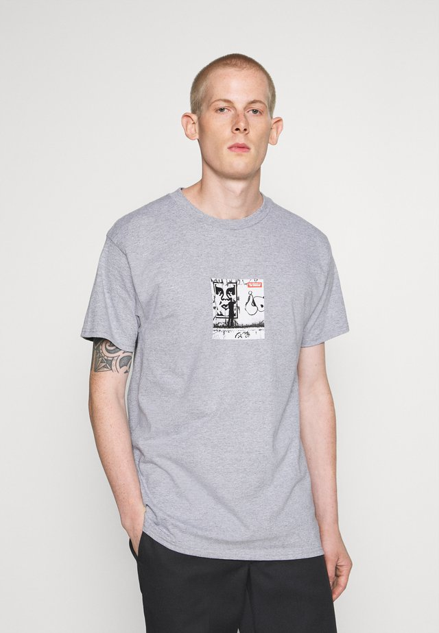 THE MEDIUM IS THE MESSAGE - T-shirts print - heather grey