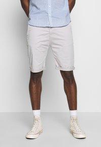 Esprit - Shorts - light grey - 0