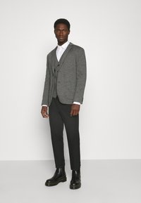 TOM TAILOR - HOUNDSTOOTH - Waistcoat - grey houndstooth - 1