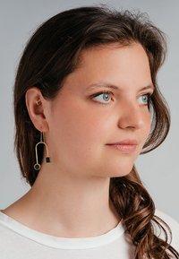 FOLKDAYS - Earrings - gold - 0