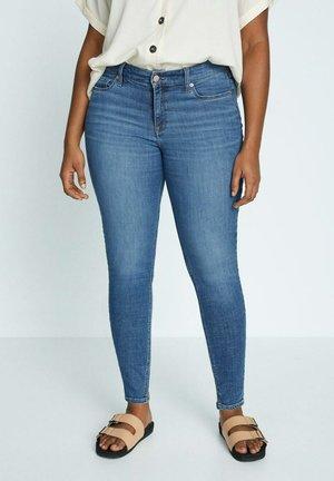 ANDREA - Slim fit jeans - mittelblau
