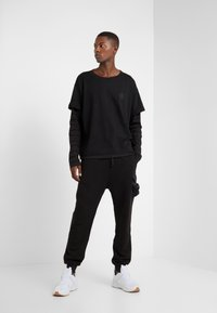 Damir Doma - Long sleeved top - black - 1