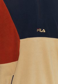 Fila - WAFA BLOCKED HALF ZIP - Bluza z polaru - irish cream/black iris/cinnamon stick - 2