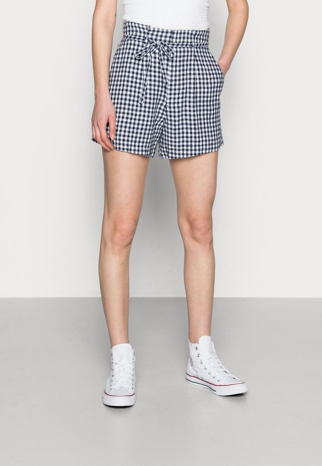 BELTED SHORT GINGHAM - Szorty - navy and white gingham