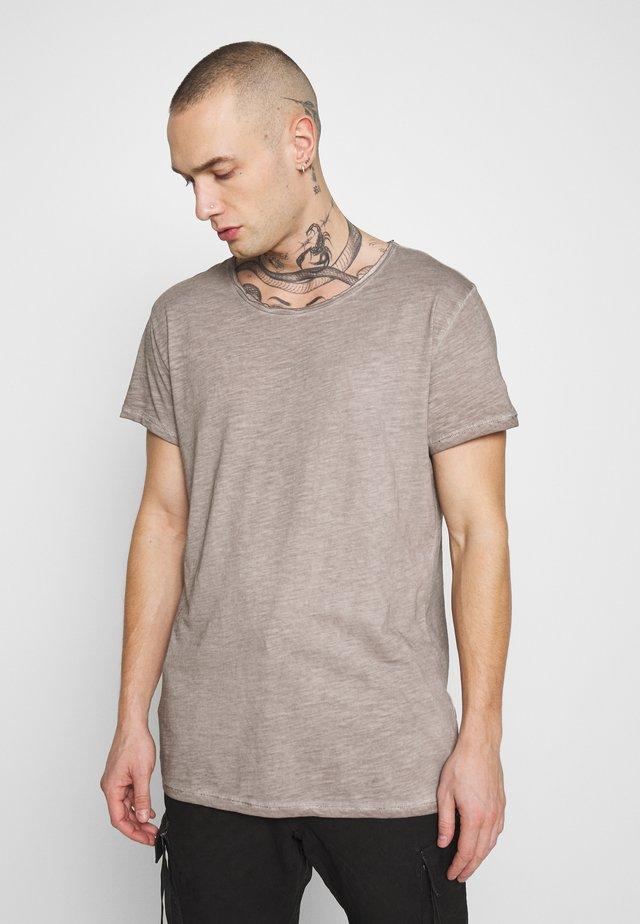 VITO SLUB - Print T-shirt - vintage mud