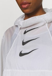 Nike Performance - RUN  - Sports jacket - white/black - 6