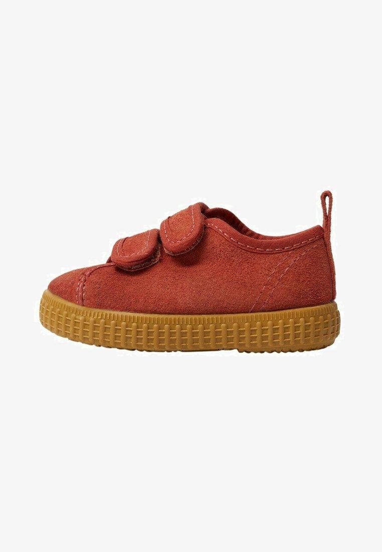 Mango - DANIEL - Baby shoes - bräunliches orange