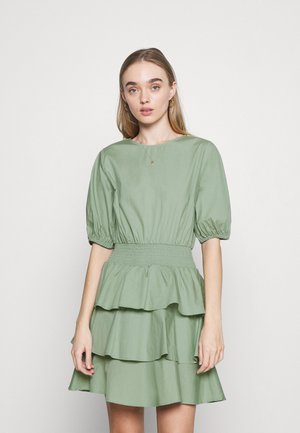 EXCLUSIVE ANITHA DRESS - Korte jurk - green bay