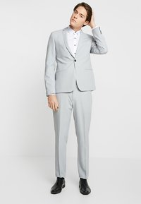 Eterna - UNI STRETCH SUPER SLIM MINI KENT - Formal shirt - white - 1