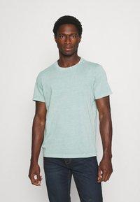 s.Oliver - T-shirt basic - light green melange - 0