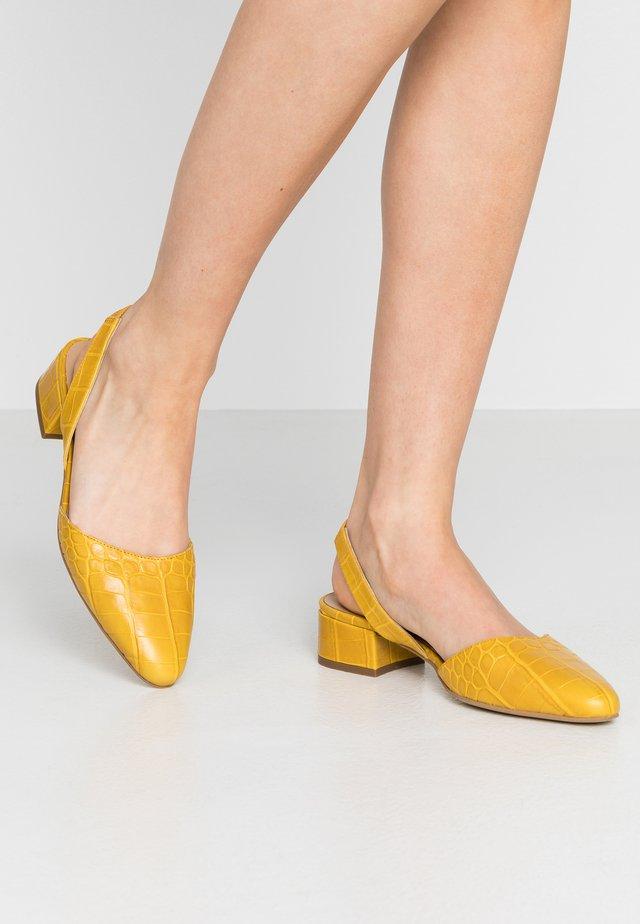 Klasické lodičky - jaune