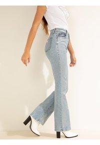 Guess - Straight leg jeans - blau - 4