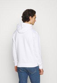 Calvin Klein - LOGO HOODIE - Hoodie - white - 2