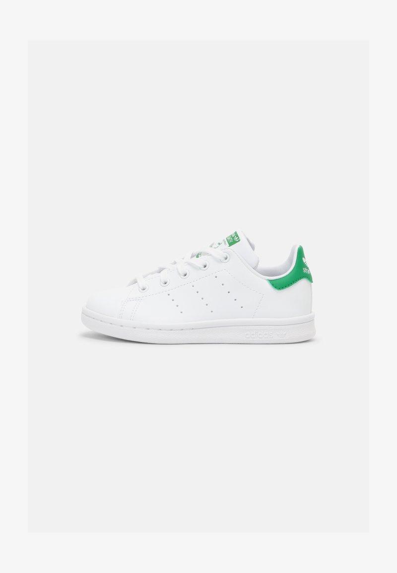adidas Originals - STAN SMITH UNISEX - Sneakers basse - white/green