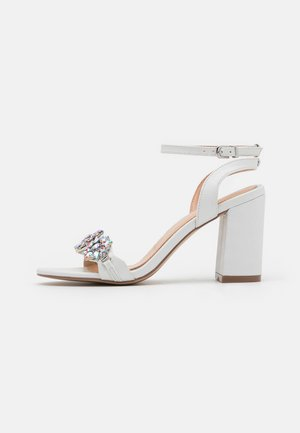 LARA - High heeled sandals - white