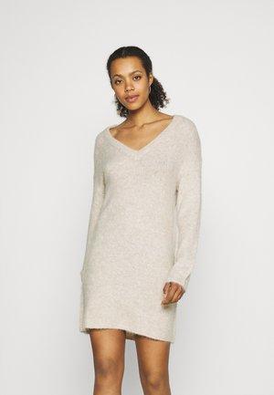 JDYPHILINA V NECK DRESS  - Strikket kjole - chateau gray melange