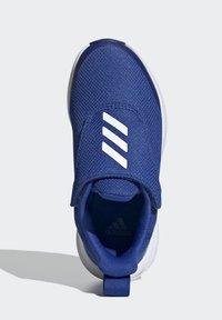 adidas Performance - FORTARUN RUNNING - Stabilty running shoes - blue - 2