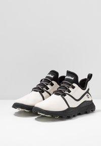 Timberland - BROOKLYN FABRIC OXFORD - Zapatillas - white - 2