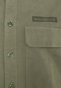 Woodbird - HOXEN WORK SHIRT - Shirt - green - 2