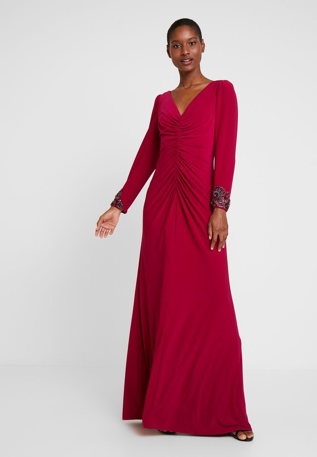 DRAPED GOWN - Occasion wear - red plum