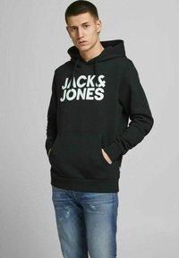 Jack & Jones - 2 PACK - Hoodie - black - 1