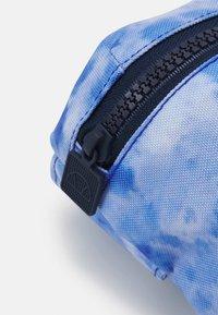 Ellesse - ROSCA CROSS BODY BAG UNISEX - Across body bag - blue - 3