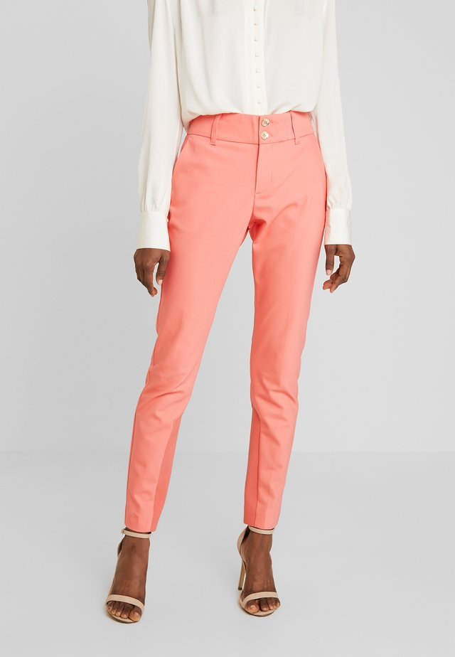 BLAKE NIGHT PANT SUSTAINABLE - Pantalon classique - sugar coral