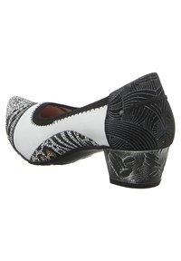 maciejka - Classic heels - bialy - 5