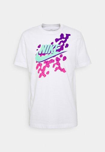 TEE BEACH PARTY FUTURA - T-shirt med print - white