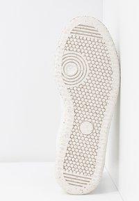 Paul Smith - DUSTY - Sneakers basse - white - 6