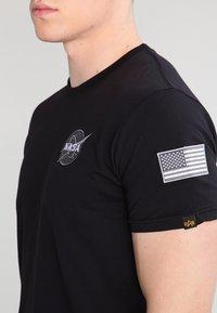 Alpha Industries - 176507 - T-shirt con stampa - black - 3