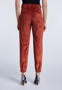 SET - Trousers - maroon - 2