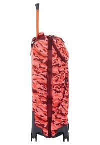 Samsonite - NEOKNIT - Wheeled suitcase - red - 2