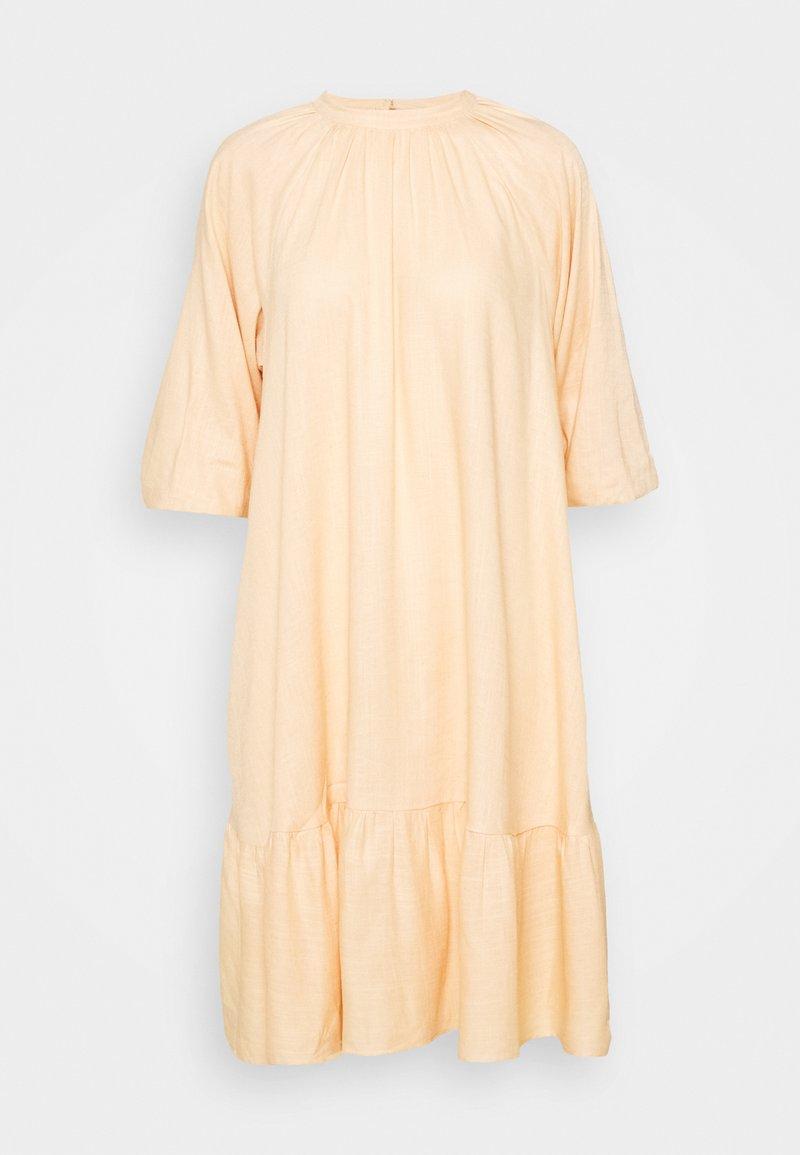 YAS Tall - YASIRINAS MIDI DRESS - Korte jurk - peach quartz
