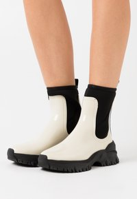 LEMON JELLY - CHERYL - Kotníkové boty na platformě - cotton - 0