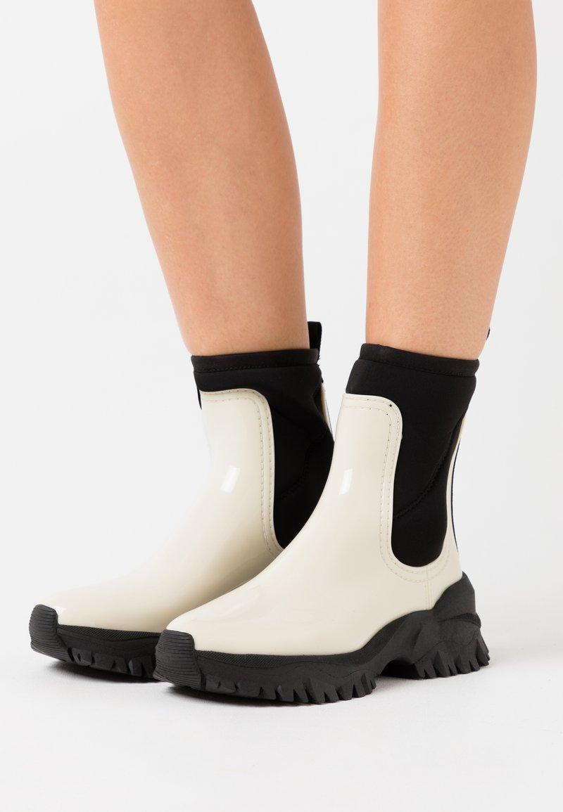 LEMON JELLY - CHERYL - Kotníkové boty na platformě - cotton