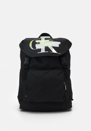 FLAP BACKPACK - Batoh - black