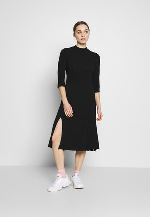BLACK SPLIT MIDI DRESS - Kjole - black