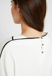 Esprit Collection Petite - PIPING TEE - Top sdlouhým rukávem - off white - 5