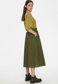 Gestuz - CASSIAGZ  - A-line skirt - dark olive - 3
