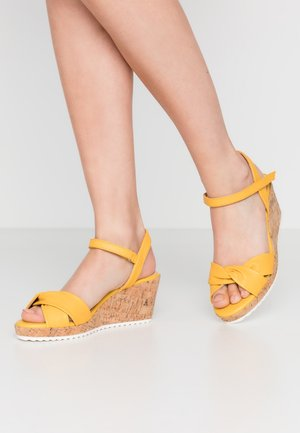 Platform sandals - sunflower