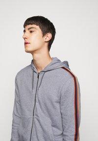 Paul Smith - GENTS ZIP THROUGH TAPED SEAMS HOODY - Sweater met rits - mottled grey - 3