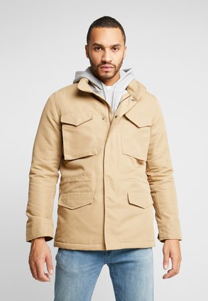 SHERPA FIELD - Light jacket - harvest gold