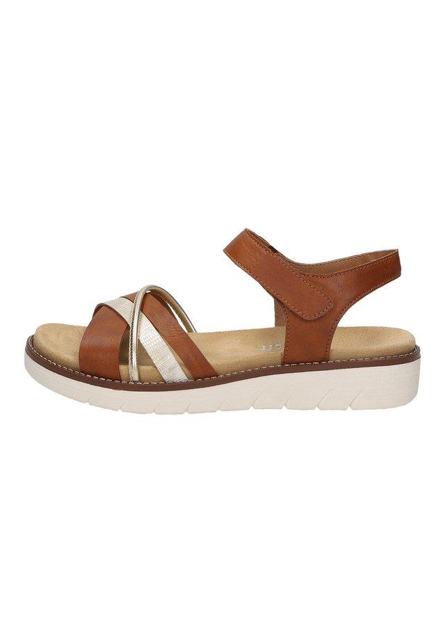 REMONTE  - Sandals - cayenne/lightgold 24