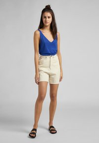 Lee - Jeans Short / cowboy shorts - ecru - 1