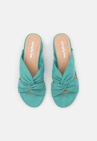 Simply Be - WIDE FIT CALAIS - Pantofle na podpatku - green - 5